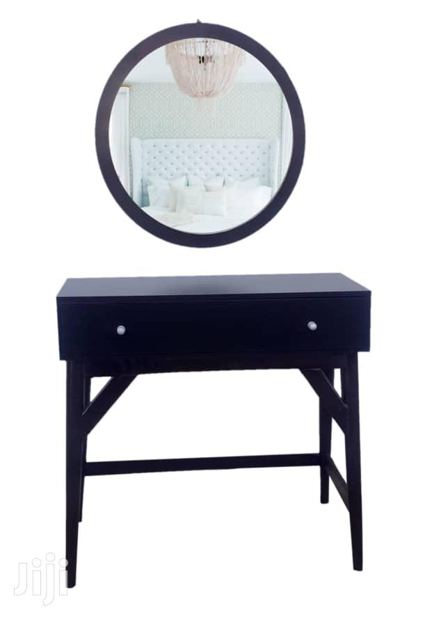 Console Table With Round Mirror   Home Accessories for sale in Agege, Lagos State, Nigeria