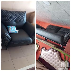 Imported Executive Quality Leather Seatie of Sofa That Is by 6 Seaters | Furniture for sale in Lagos State, Ojo