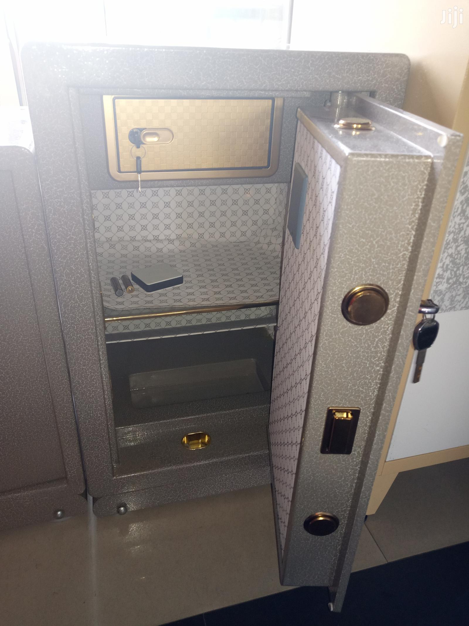 Imported Executive Protective Strong Non Fireproof Safes   Safetywear & Equipment for sale in Apapa, Lagos State, Nigeria