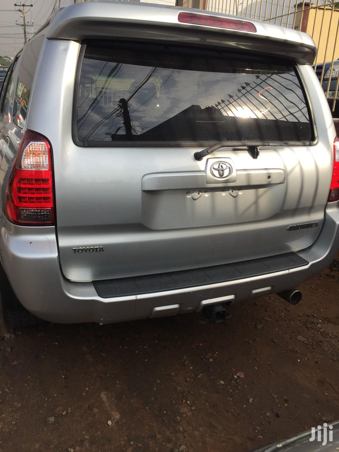 Toyota 4-Runner 2006 Limited 4x4 V6 Silver   Cars for sale in Ikeja, Lagos State, Nigeria