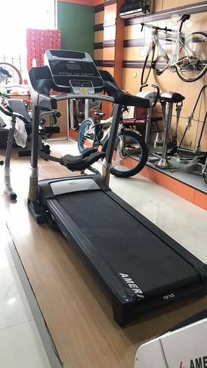 Brand New 3hp Treadmill   Sports Equipment for sale in Abia State, Bende