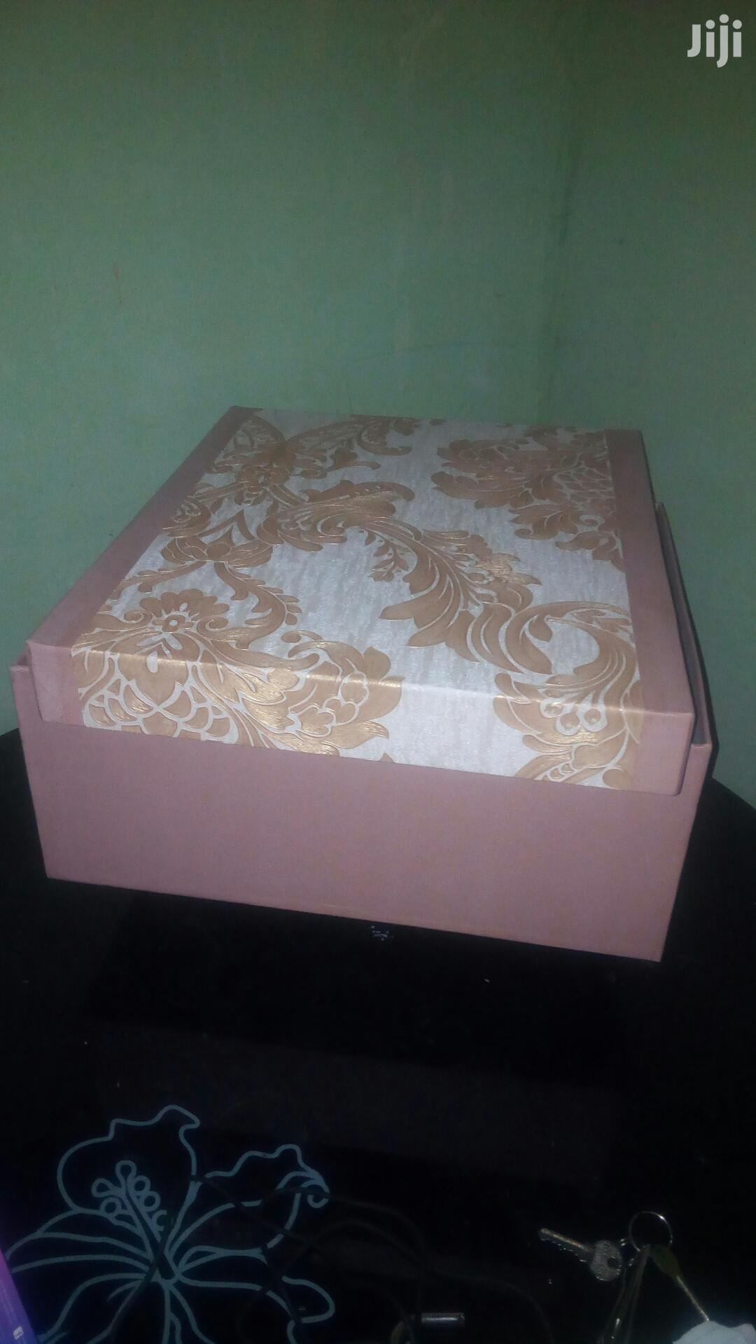 Archive: Luxury Packaging Box