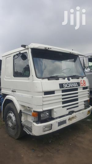 Clean Tokunbo 93 Scania Six Tyres Head Truck 2000 White   Trucks & Trailers for sale in Lagos State, Apapa