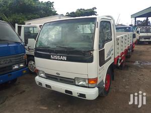 Nissan Cabstar 1994 Whitee | Trucks & Trailers for sale in Lagos State, Apapa