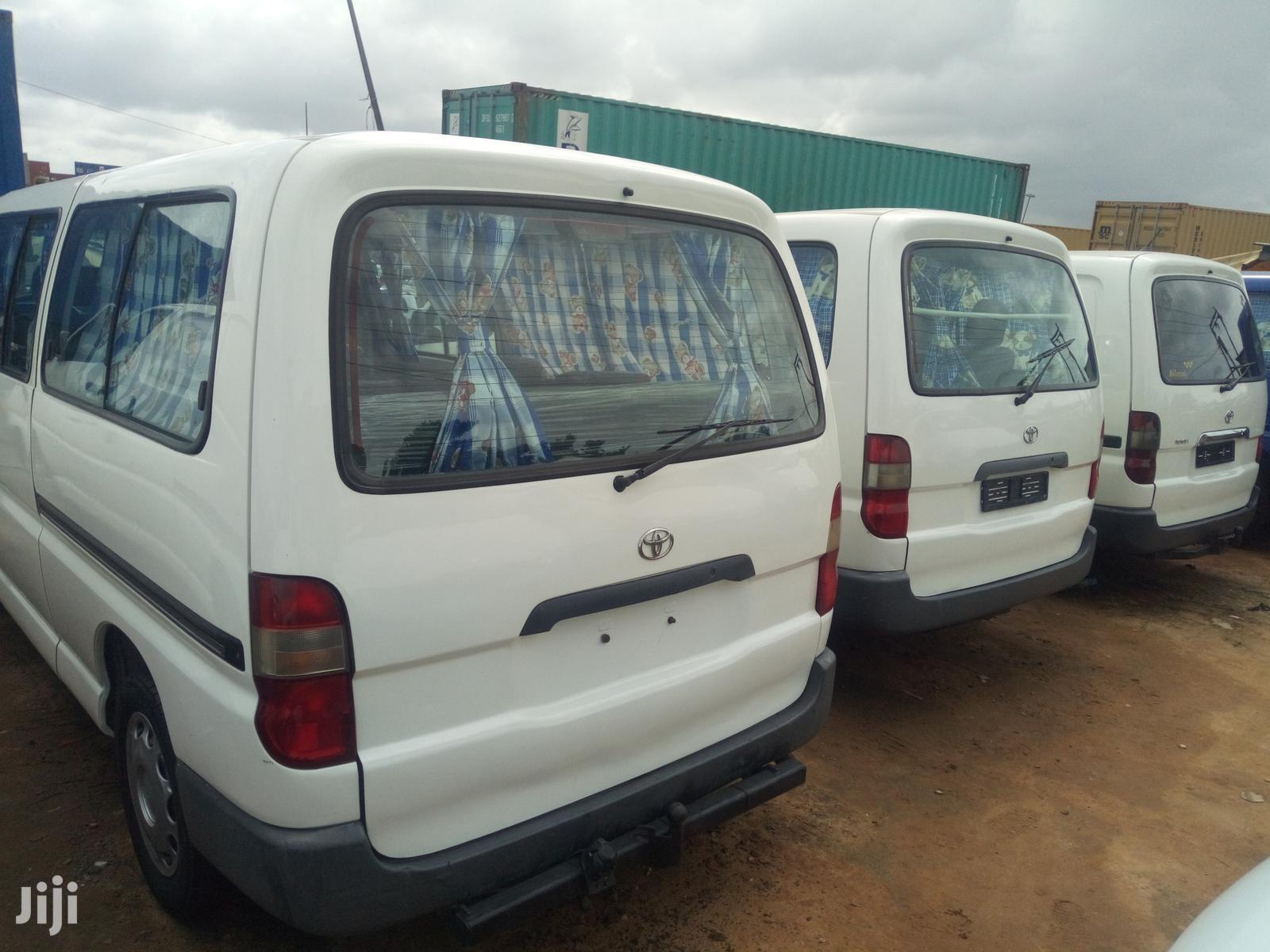 Toyota HiAce 1999 White | Buses & Microbuses for sale in Apapa, Lagos State, Nigeria