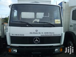 Mercedes-benz 2000 Model White | Trucks & Trailers for sale in Lagos State