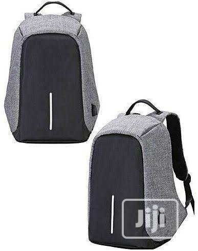 Anti-Theft USB Charging Port Backpack on Grineria Store