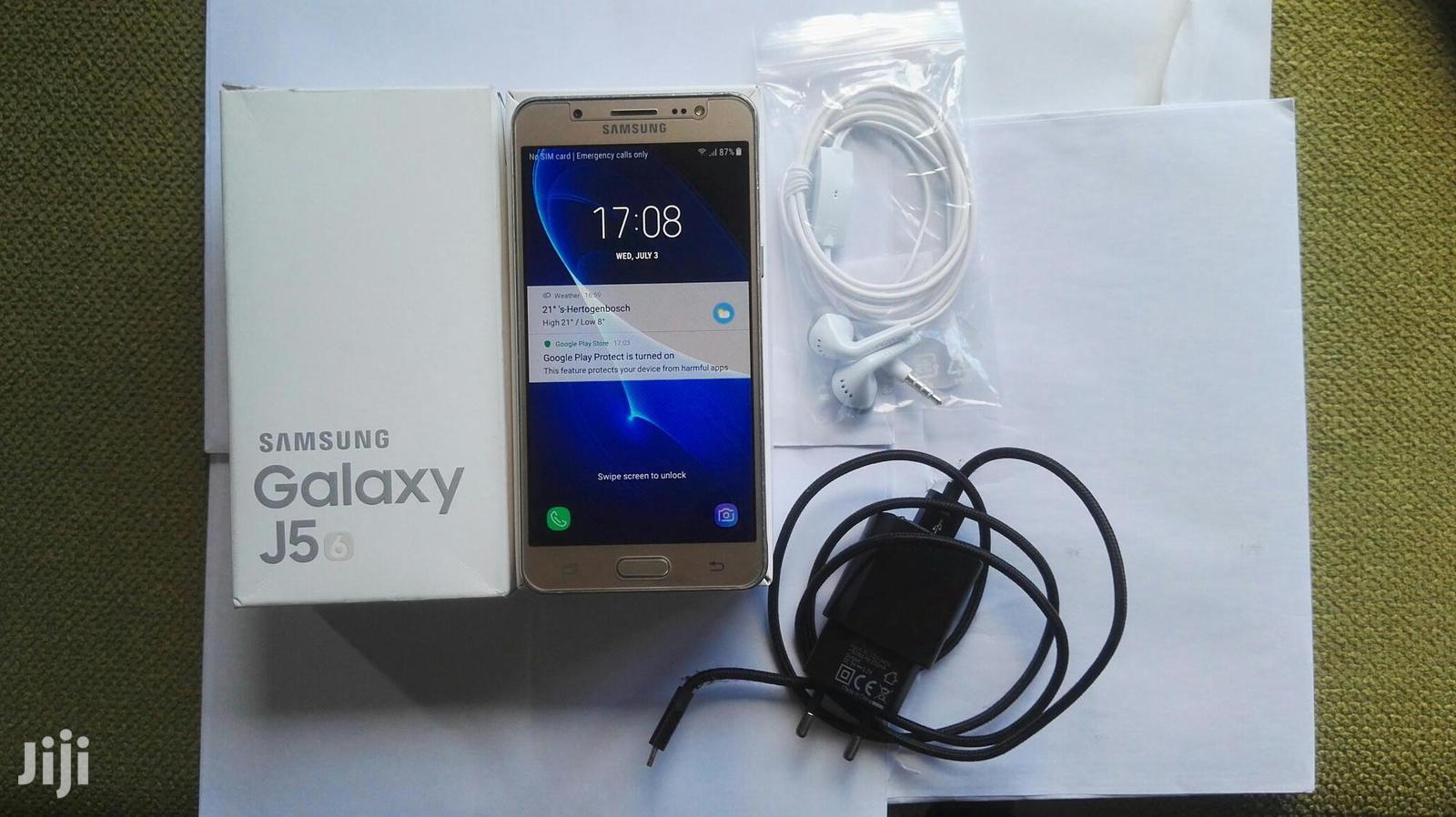 Samsung Galaxy J5 16 GB Gold | Mobile Phones for sale in Alimosho, Lagos State, Nigeria