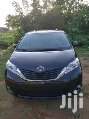 Toyota Sienna 2011 LE 7 Passenger Mobility Black | Cars for sale in Abuja (FCT) State, Galadimawa