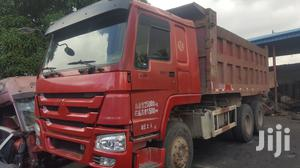 Newly Arrived Tokunbo Howo Ten Tyres Tipper Truck 2014 | Trucks & Trailers for sale in Lagos State, Amuwo-Odofin