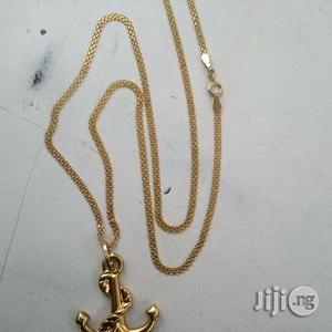 Italy 750 Pure Gold Necklace Carpet With Anchor Pendi   Jewelry for sale in Lagos State, Amuwo-Odofin