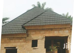 New Zealand Black And White Shingle Stone Coated Roofing Tiles | Building Materials for sale in Lagos State, Ikotun/Igando