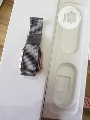 London Used Chain Apple Watch Series 4 40mm For Sale | Smart Watches & Trackers for sale in Oyo State, Ibadan
