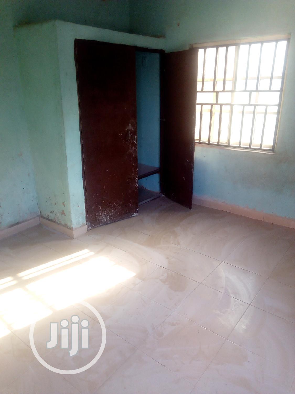 3 Bedroom Flat to Let at Kwata