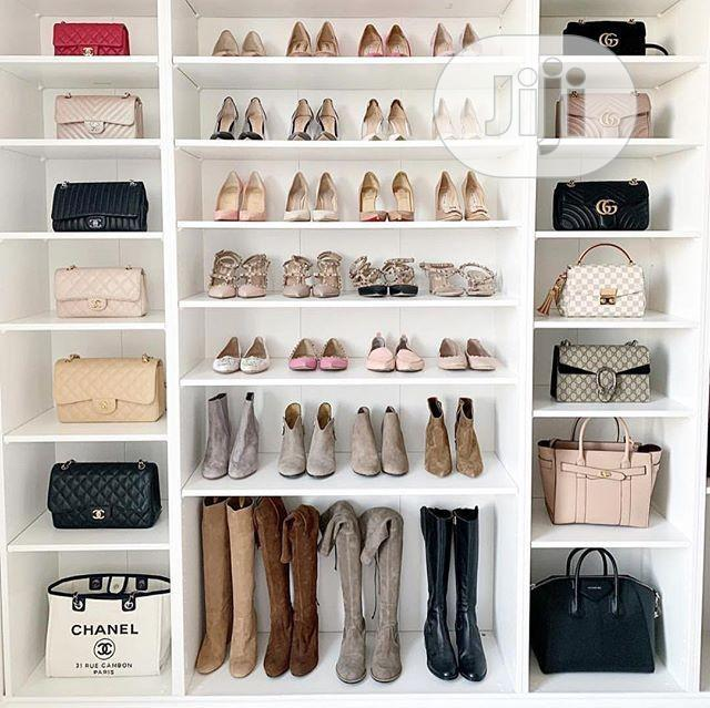 Shoe's Rack With Bag