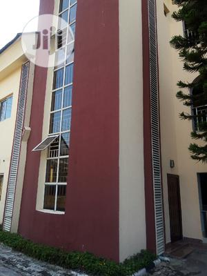 Standard 3 Bedroom Flat For Rent In Lekki Phase 1 For Rent. | Houses & Apartments For Rent for sale in Lagos State, Lekki