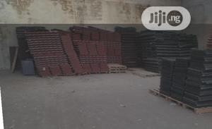 Shingle 0.57 New Zealand Gerard Stone Coated Roof Tile Plain Black | Building Materials for sale in Lagos State, Lekki