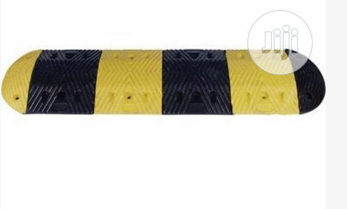 2m Length Rubber Traffic Speed Bump Hump With End Caps By Hiphen