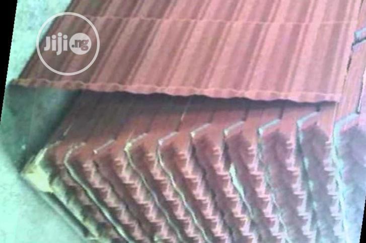Bond New Zealand Gerard Shingle Stone Coated Roof