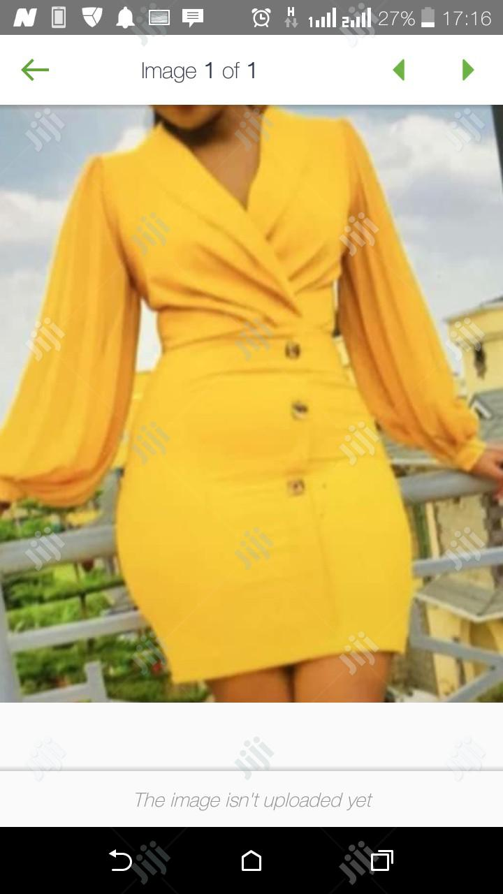 Ladies Short Fitted Gown