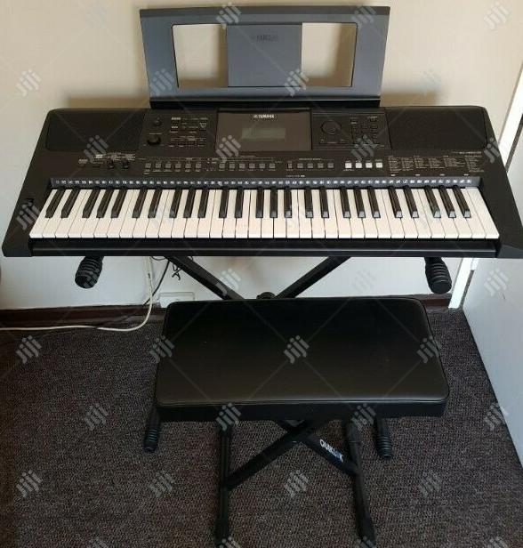 Archive: Yamaha Keyboard PSR E463