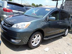 Toyota Sienna 2005 Gray | Cars for sale in Lagos State, Apapa