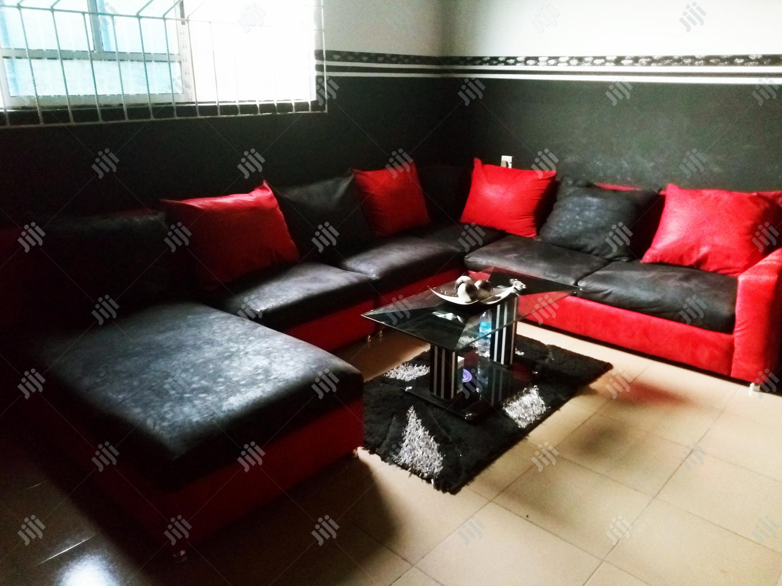 Complete Parlor Chairs Set With Center Table | Furniture for sale in Udu, Delta State, Nigeria