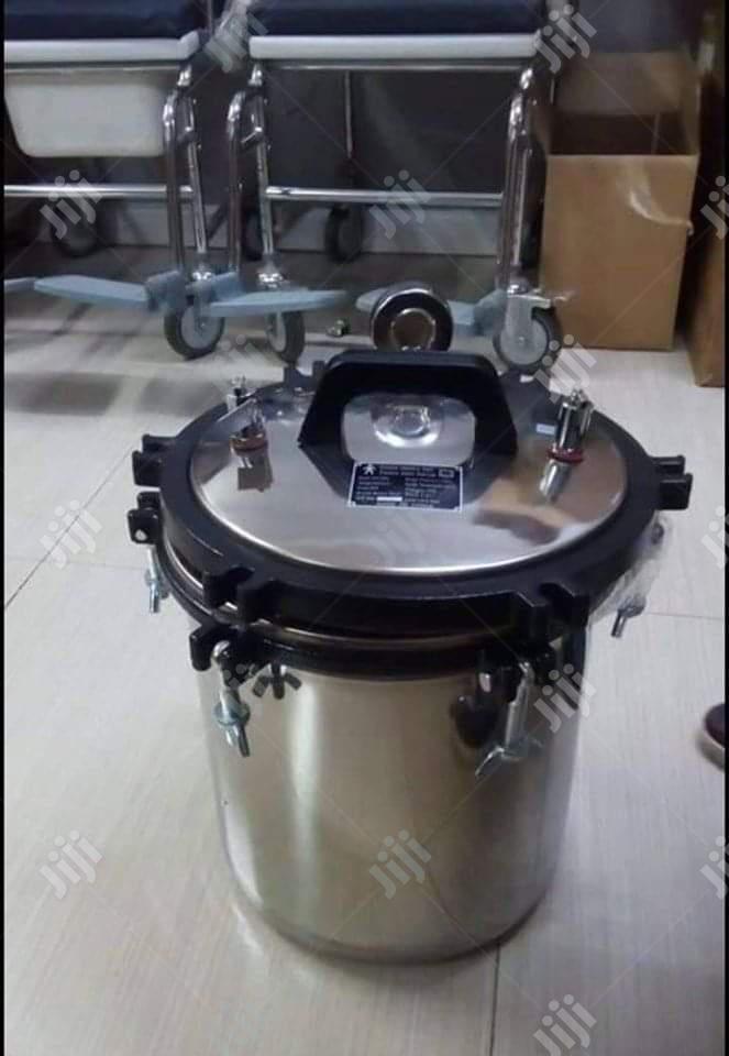 Autoclave Sterilizing Machine   Medical Supplies & Equipment for sale in Lagos Island (Eko), Lagos State, Nigeria