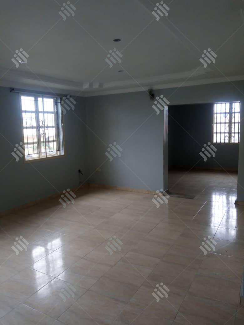 Clean 4 Bedroom Duplex At Lekki Phase 1 For Sale.