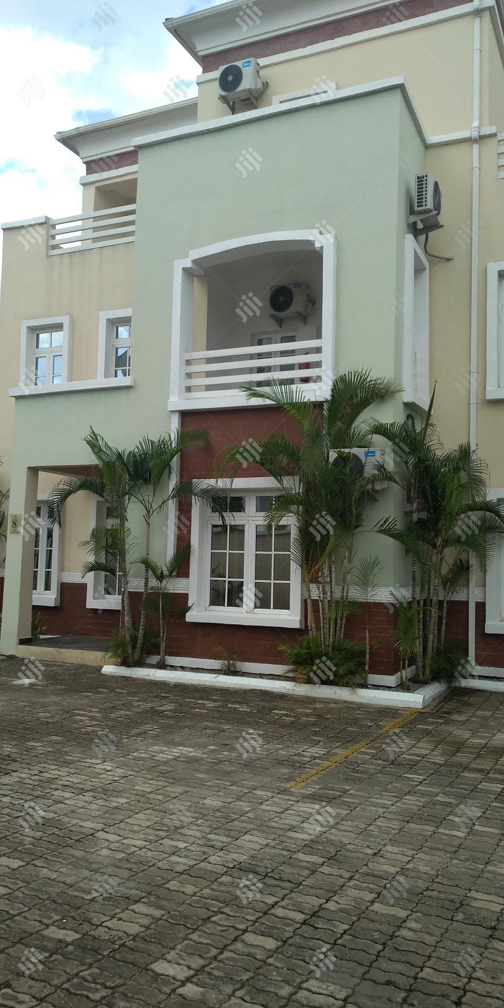 Top Notch Serviced 4bedroom Terrace Duplex + Bq, 24/7 Light
