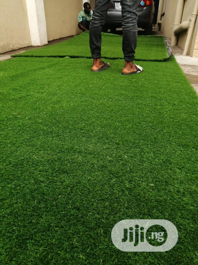 Original & Quality Artificial Green Carpet Grass For Home & Garden.