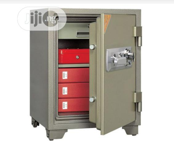 Brand New Imported Fire Proof Safe With Security Numbers And Key's