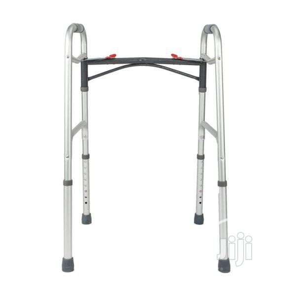 Walking Frame Without Tyres