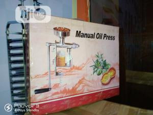 Manual Oil Presser   Restaurant & Catering Equipment for sale in Abuja (FCT) State, Garki 1