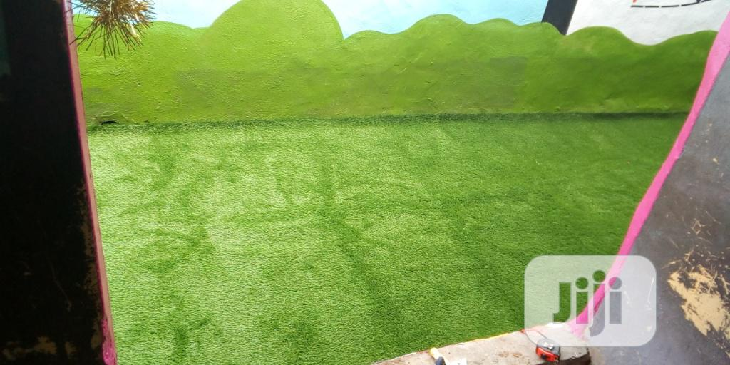 Artificial/Synthetic Grass For Playground Schools And Nurseries