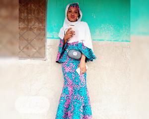 Female Cashiers & Sales Boy | Customer Service CVs for sale in Niger State, Kontagora