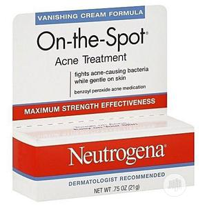 Neutrogena On-the-spot Acne Treatment With Benzoyl Peroxide (0.75oz) | Skin Care for sale in Lagos State