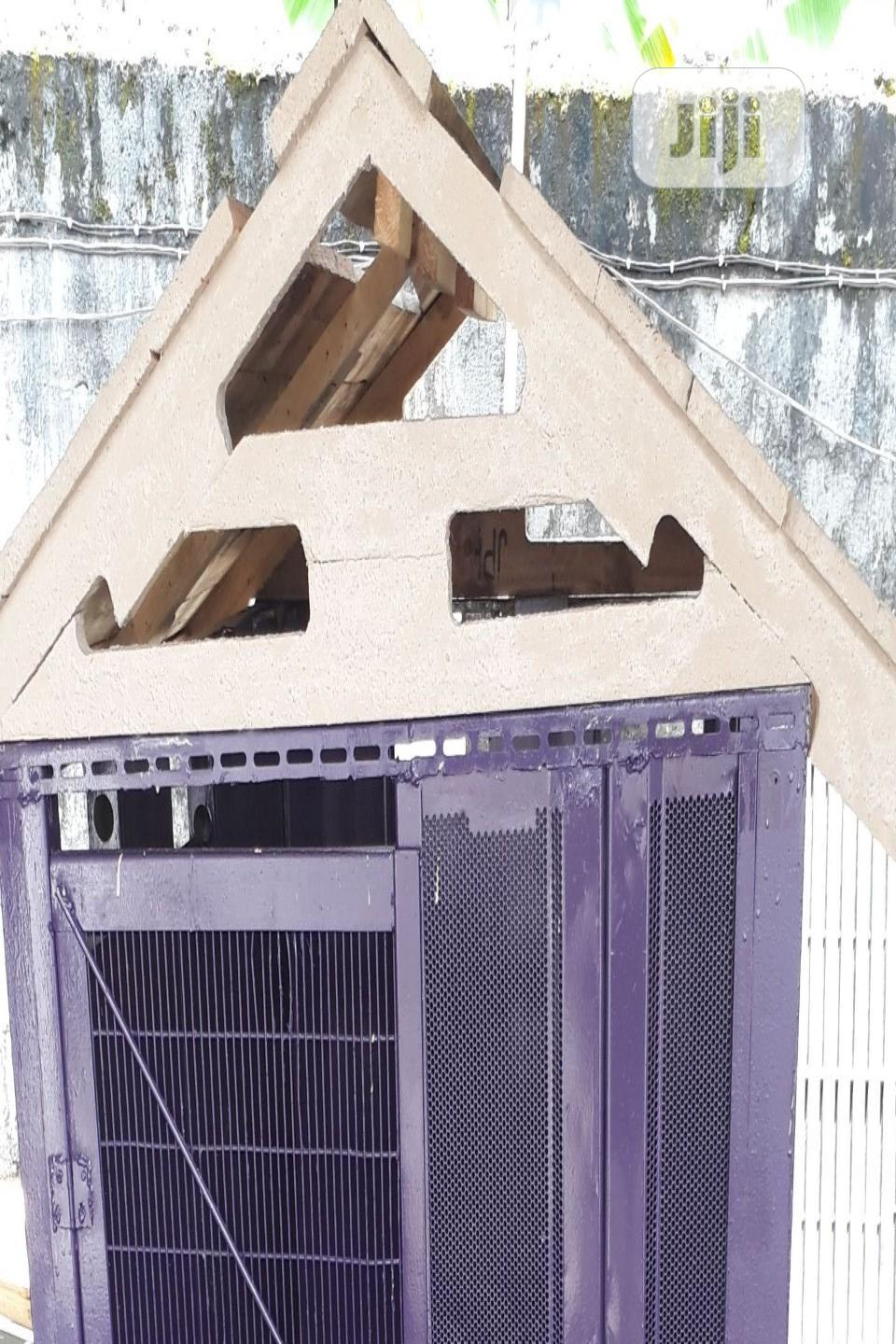 Archive: Dog House Kennel Cage