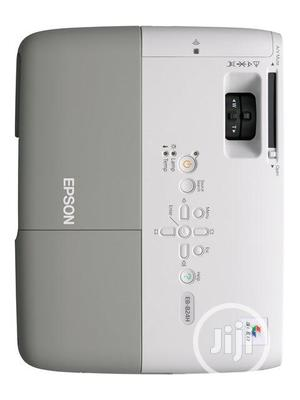 Ver Neat and Bright Epson Projector | TV & DVD Equipment for sale in Lagos State, Ikeja
