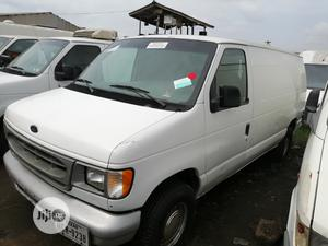 Ford E150 2005 White | Buses & Microbuses for sale in Lagos State, Apapa