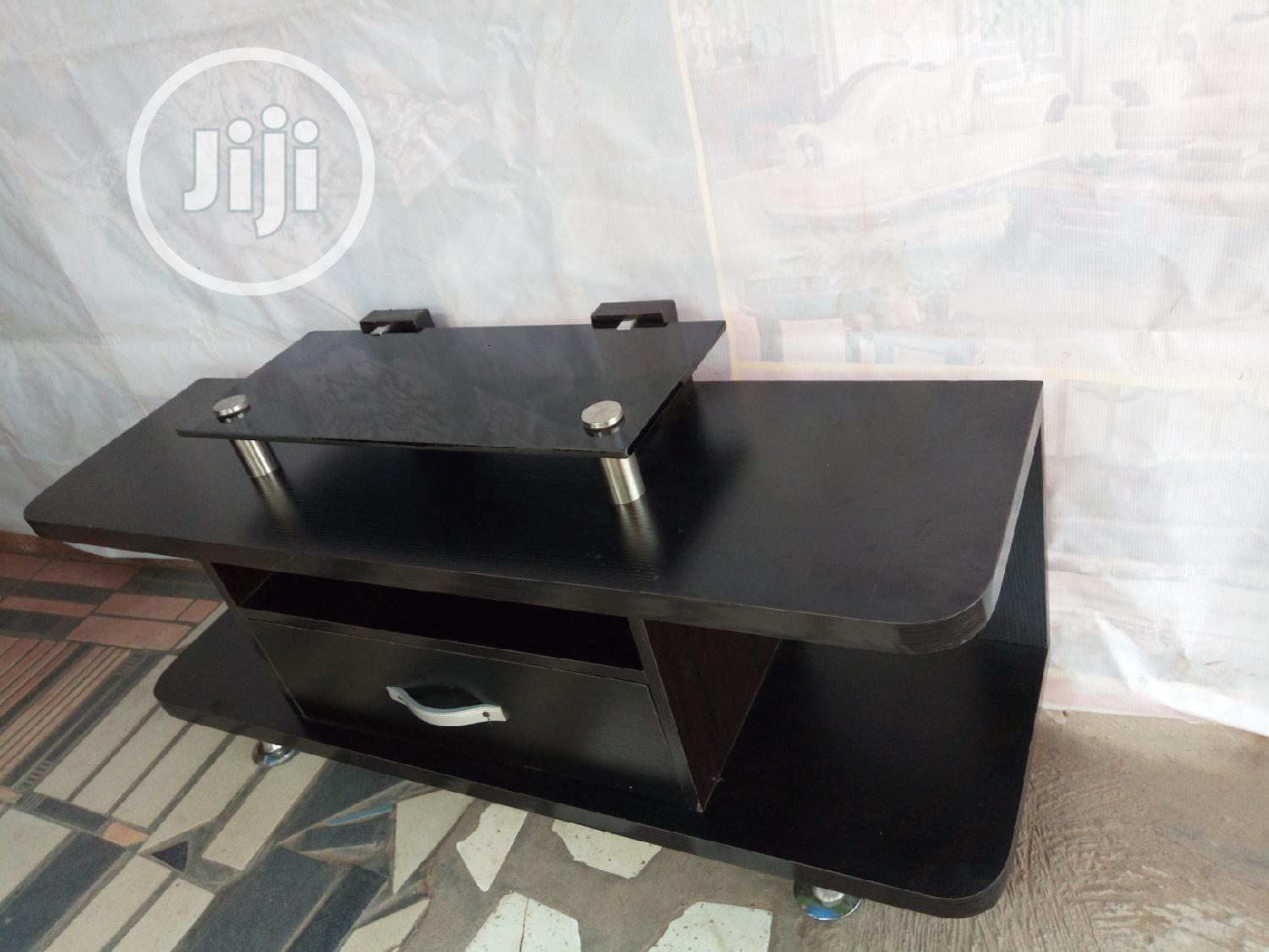 New TV Stand Design | Furniture for sale in Alimosho, Lagos State, Nigeria