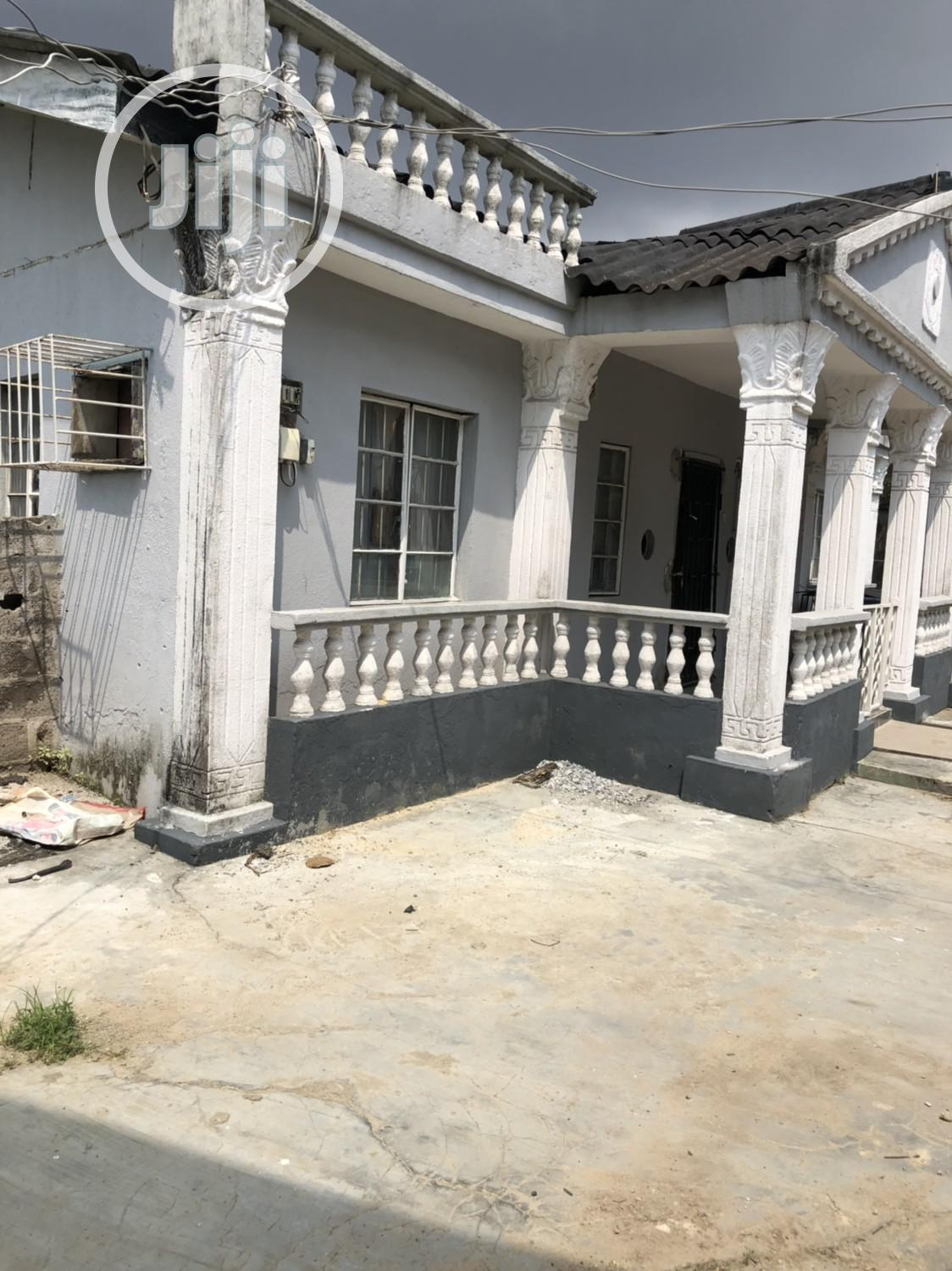 Well Finish 3bedroom Bungalow With Pop on a Half Plot in Surulere 22m   Houses & Apartments For Sale for sale in Surulere, Lagos State, Nigeria