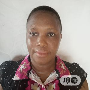 Female Housemaid CV in Dubai | Housekeeping & Cleaning CVs for sale in Delta State, Ukwuani