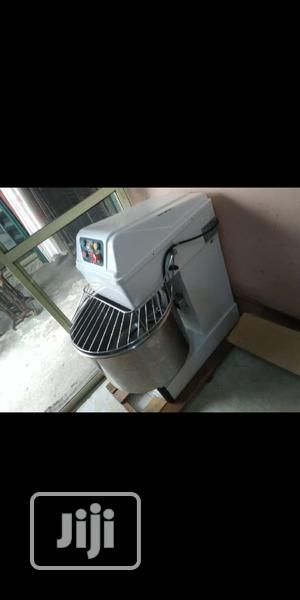 DOUGH Mixer 12.5kg Industrial Spiral Mixer | Restaurant & Catering Equipment for sale in Kano State, Kano Municipal