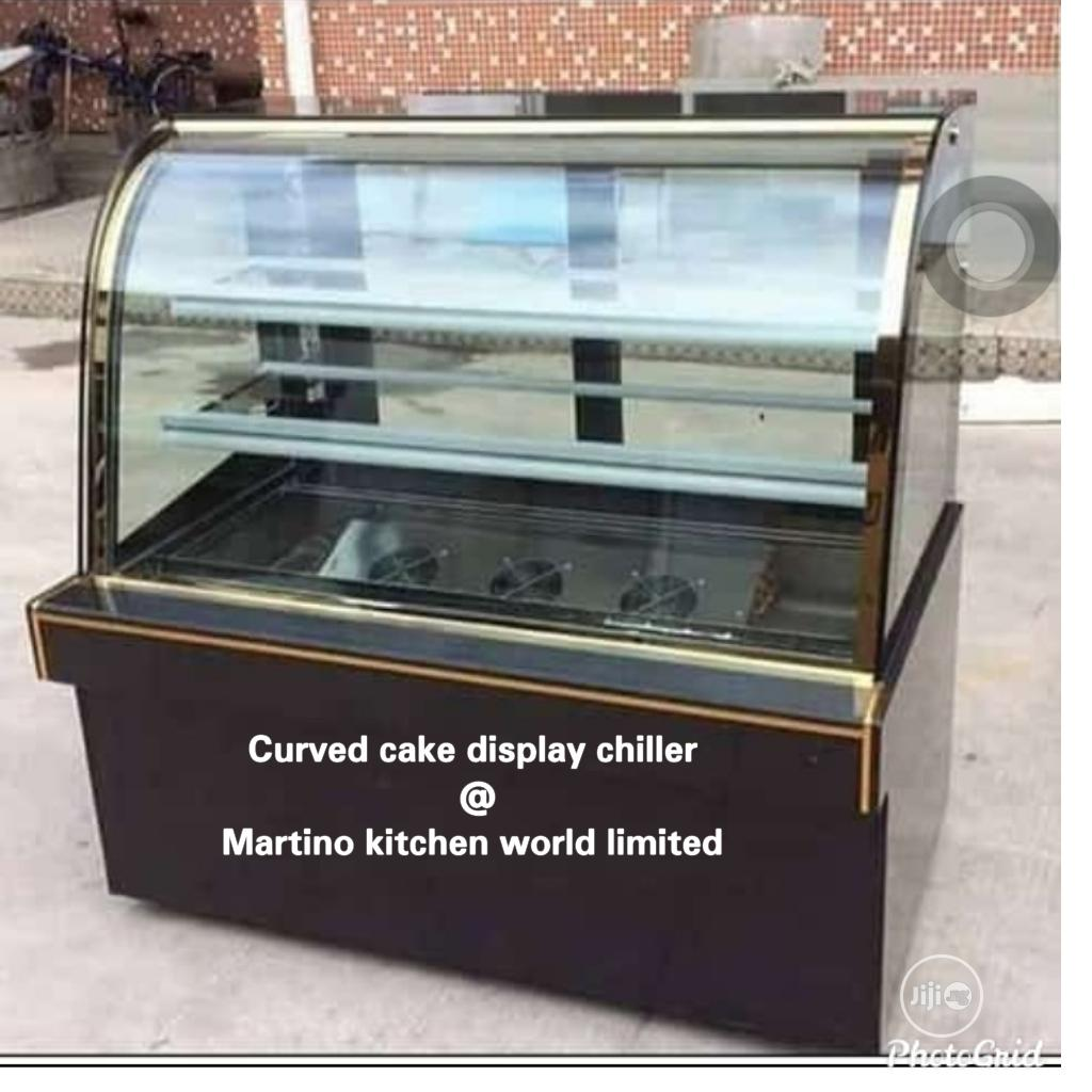 Archive: 5 Fit Cake Display Chiller Mable Body