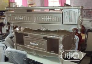 Luxury TV Stand Center Table Top Quality.   Furniture for sale in Lagos State, Ajah