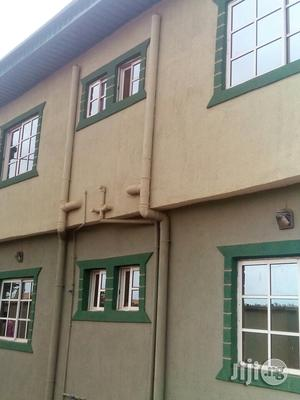 Clean 2 Bedroom Flat For Rent | Houses & Apartments For Rent for sale in Lagos State