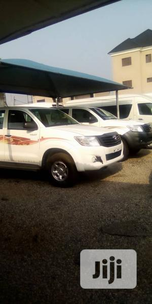 Toyota Hilux 2012 2.0 VVT-i SRX White | Cars for sale in Lagos State, Amuwo-Odofin