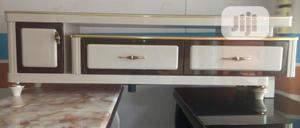 Luxury Marble Top TV Stand.   Furniture for sale in Lagos State, Ikeja