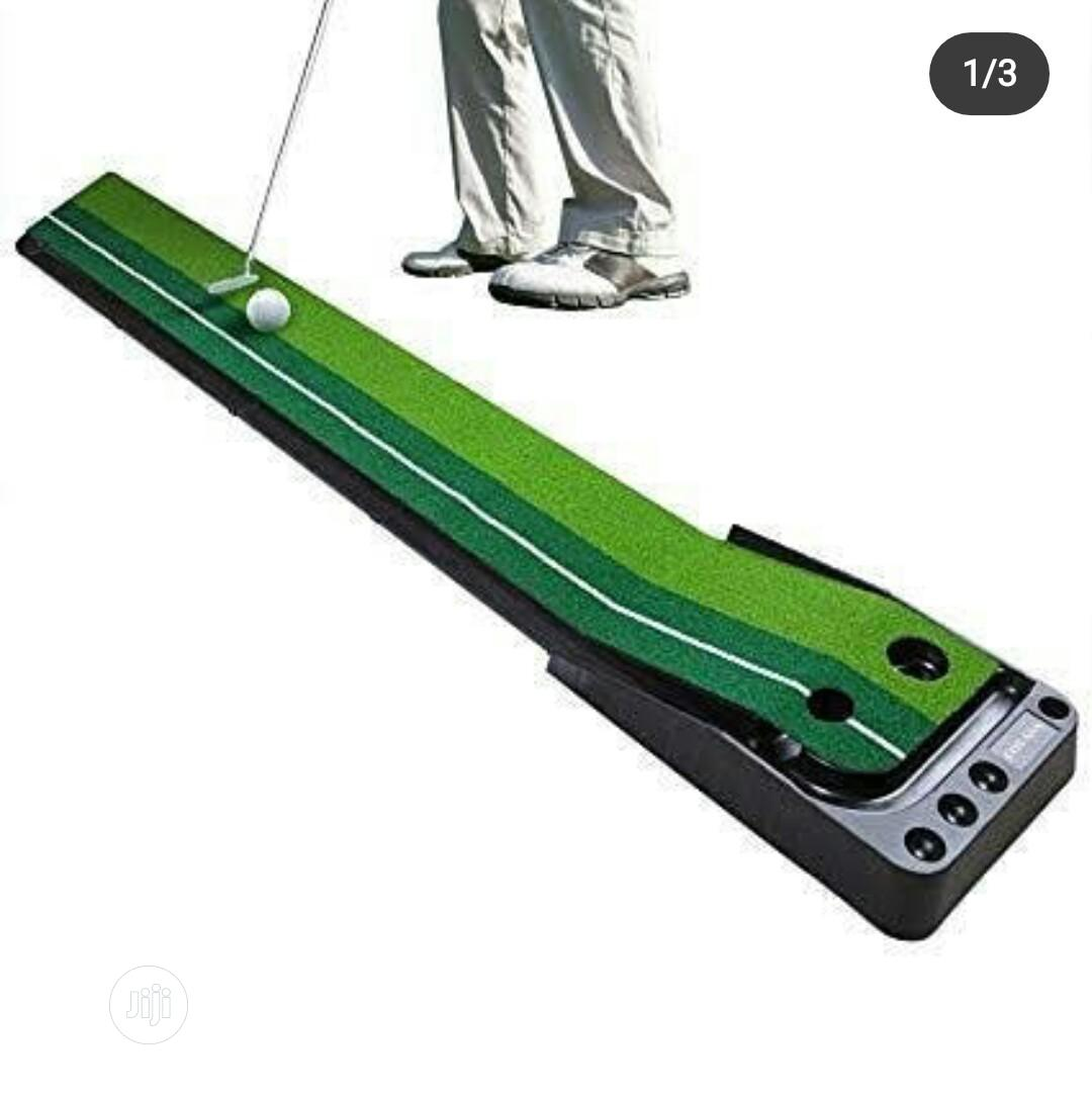 Archive: Golf Putting Trainer